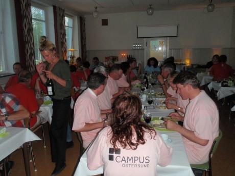 middag med rosa laget